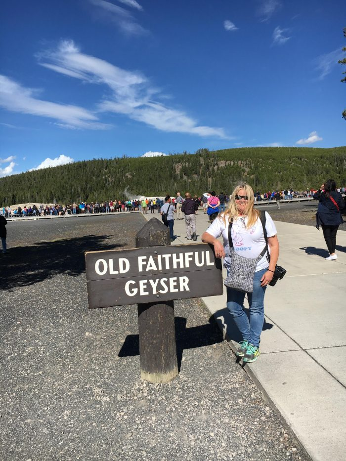 old-faithful-geyser sign